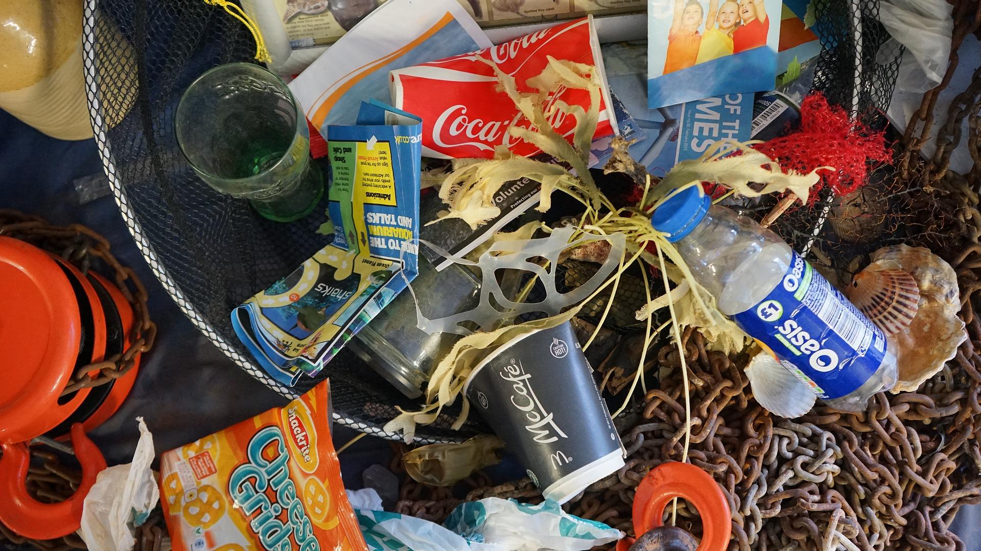 rubbish-1576990_1920