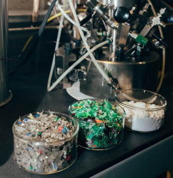 ibm-researchers-develop-recycling-tech-volcat-designboom-2