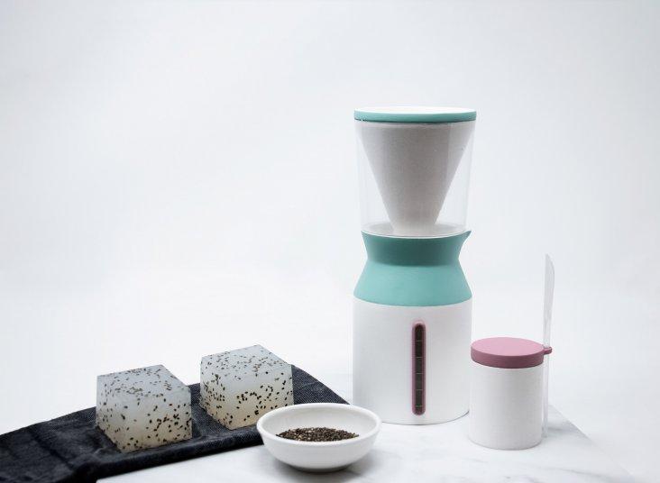 danielle-coffey-sapu-design_dezeen_2364_col_6
