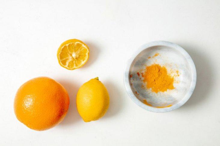 kaiku-nicole-stjernsward-imperial-college-graduate-project-2019-food-waste-vegeatable-skin-pigment_dezeen_2364_col_2-852x568