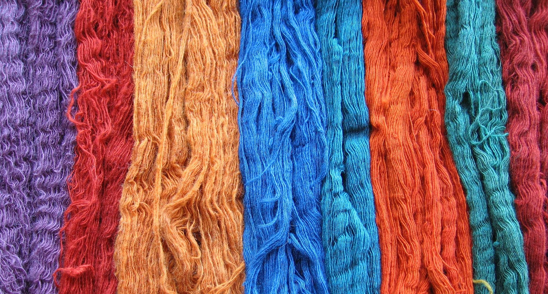 wool-skeins-593794_1920