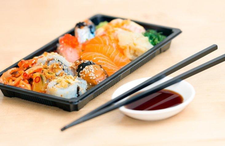 sushi-1858696_1920