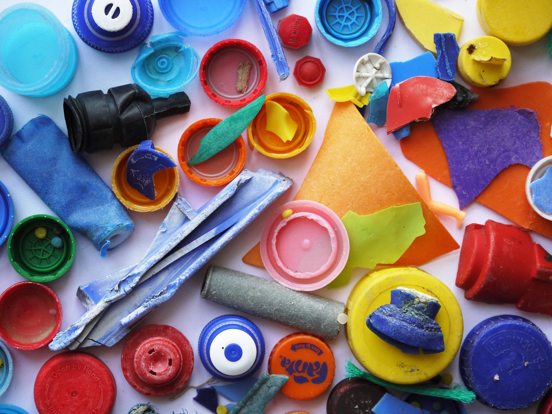 plastic-2304042_1920